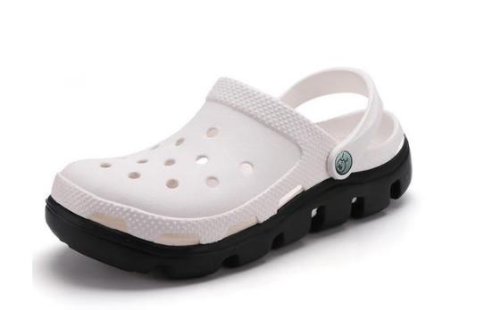 该如何挑选沙滩鞋?